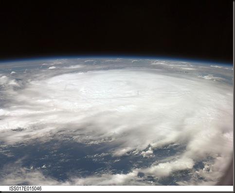 271146main_iss017e015046_high (Hurricane Gustav - ISS)